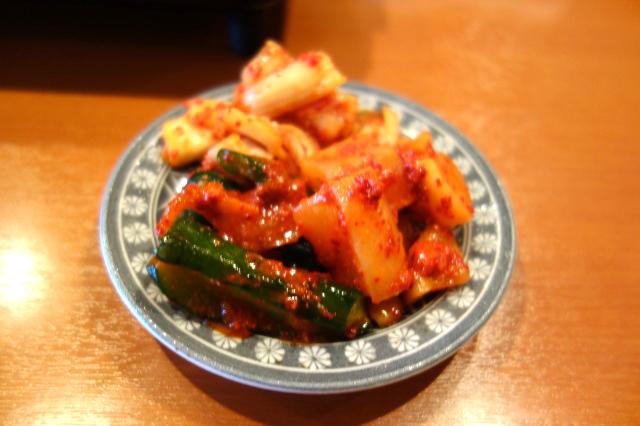 激ウマ!キムチの盛り合わせーきゅうり、白菜、大根などー