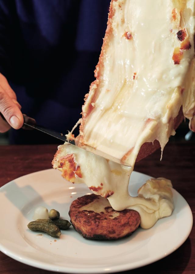 チーズに特化した酪農農家ビストロ【酪農農家ビストロ Subrideo Restaurare】