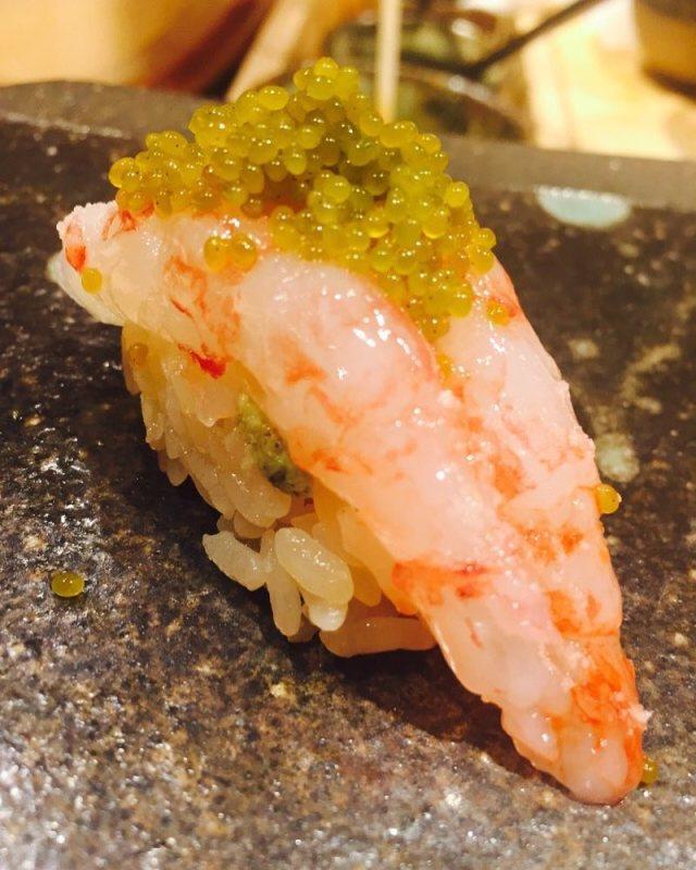渋谷の奥まったところにある新進気鋭の寿司店【くろ崎】(573Likes♪)