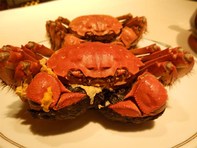 超絶 上海蟹のつくね鍋と蟹ミソ雑炊【中国飯店 富麗華】