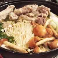 寒い冬に打ち勝つには鍋が一番!思わず美味しいと言ってしまう鍋3選!
