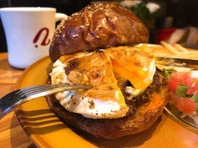 【THE BURGER SHOP】小さなお店の偉大なるハンバーガーと安来珈琲