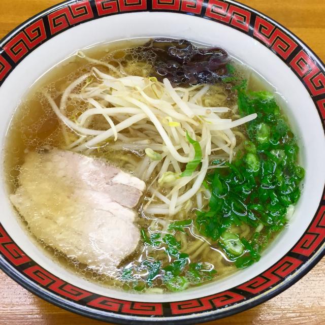 【いのよし】牛骨スープが肉好きにはたまらない