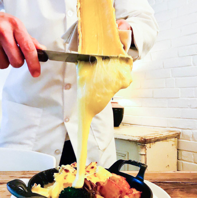 【Cheese Tavern CASCINA】チーズ宮殿イタリアン。