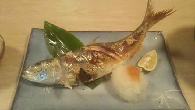 きれいな鮎の塩焼き