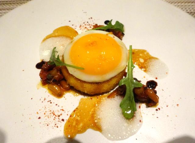 前菜の三品目 土佐ジローの卵